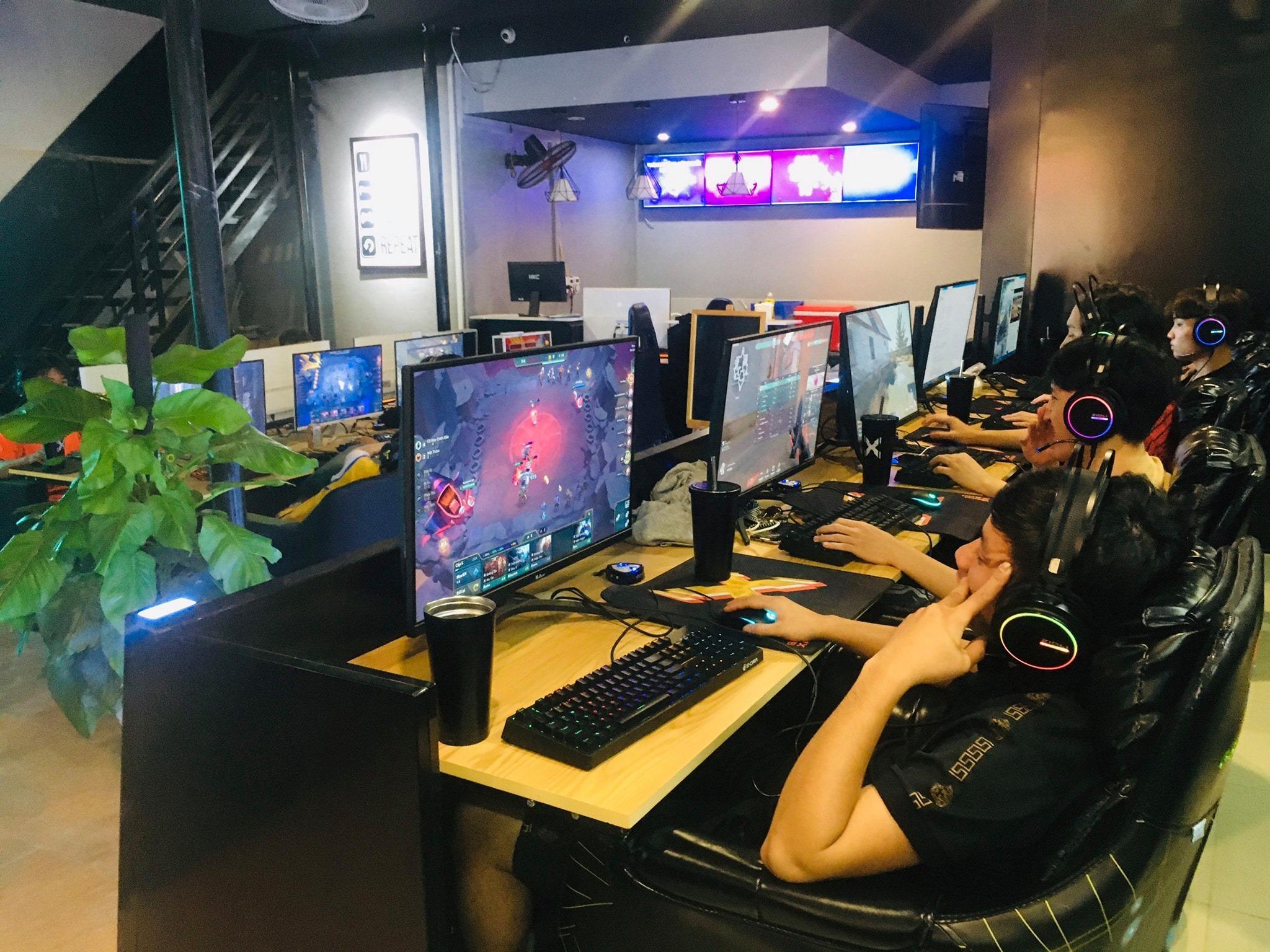 Cyber Xanh Tam Tầng